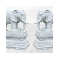 石雕风水象六牙白象